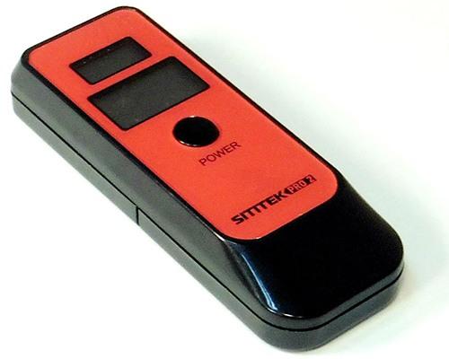 Алкотестер SITITEK Pro2 обладает небольшими габаритами и столь же мобилен, как и смартфон